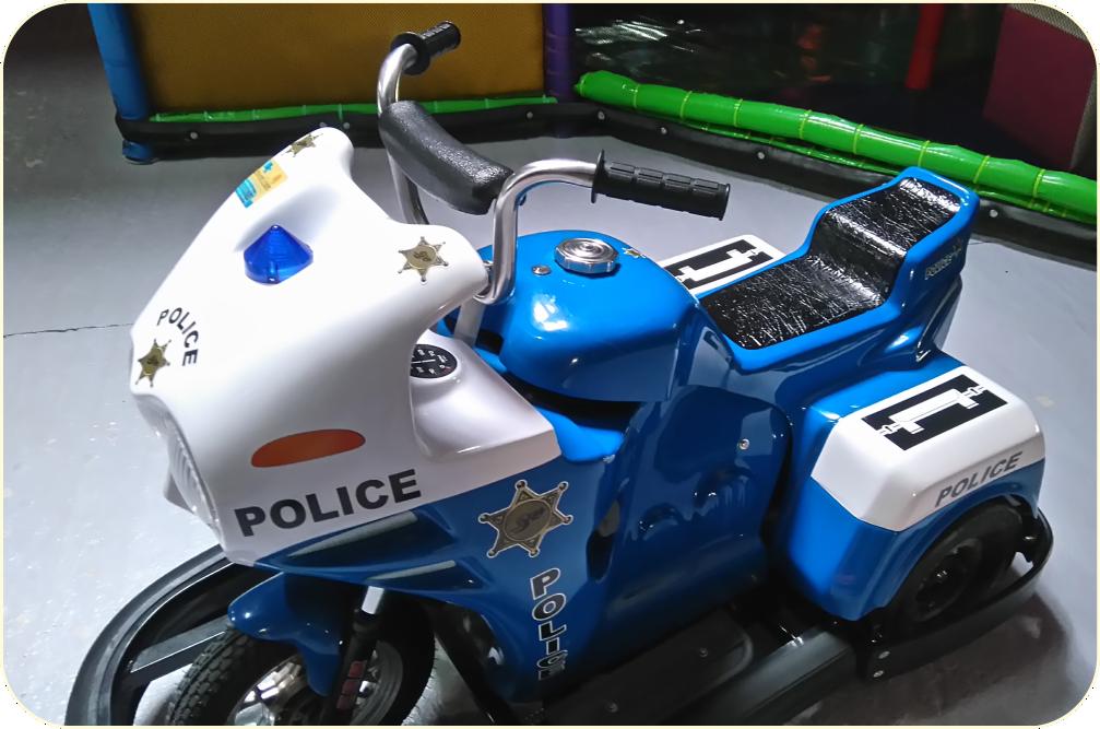 Circuit de motos électriques - Parc de jeux Special Kids (ex Royal Kids)