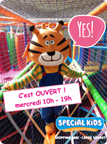 L'image contient peut-être: texte qui dit 'Ee YES! C'est OUVERT! mercredi 10h-19h 19h SPECIAL KIDS parc de jeux pour enfants SHOPPiNG ARC CARRÉ SÉNART'